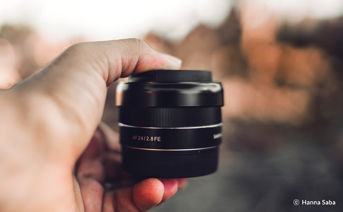 Samyang AF 24mm F2.8 FE Lens (for Sony E-mount) - The compact and light-weight design